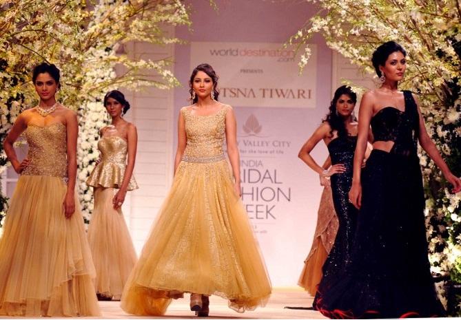Индийские красавицы: Чем могут удивлять невесты своих женихов (ФОТО)