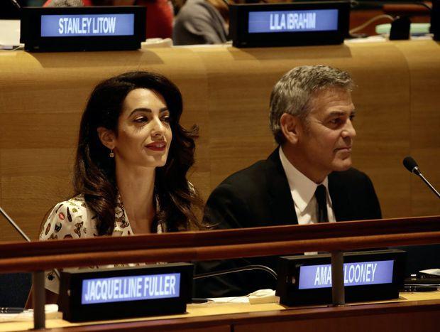 Soția lui George Clooney declară război Statului Islamic, în instanță
