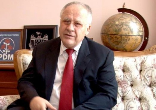 Dumitru Diacov: Haideți să coborîm de pe baricade și să ne apucăm de construcția propriei case