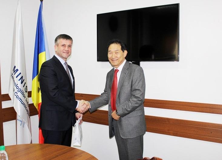 Un grup de experți coreeni ajută Moldova la securizarea informației