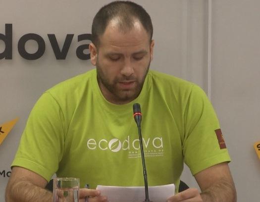 """""""Ecodava"""" cere Primăriei să înceteze defrișarea în masă a arborilor (VIDEO)"""