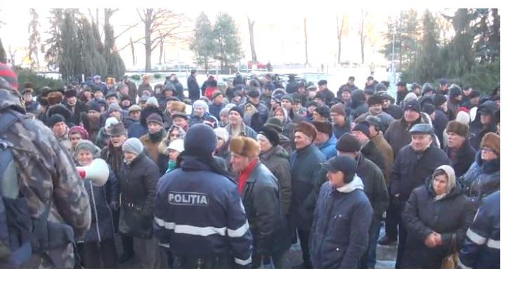 Ziua protestelor la Parlament: Și pensionarii sînt nemulțumiți